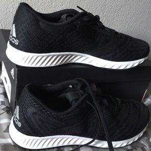 adidas Shoes - adidas Running Aerobounce PR10